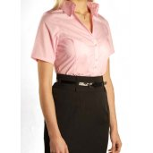 Shortening women's shirt sleeves